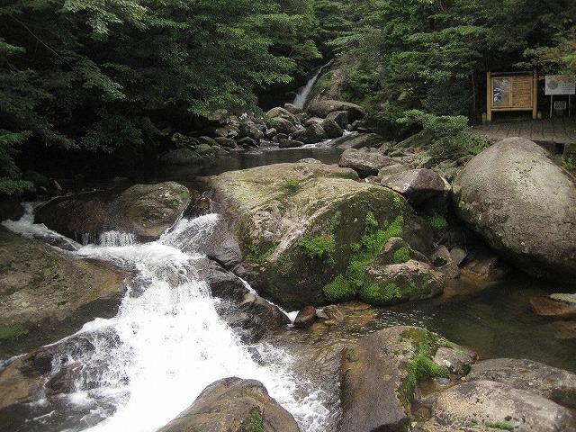 siratani_river
